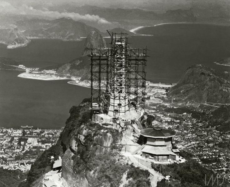 S.H. Holland. Cristo Redentor em construção, c. 1931. Rio de Janeiro, RJ / Acervo IMS