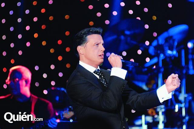 Luis Miguel cantó en la boda de la hija de Hank
