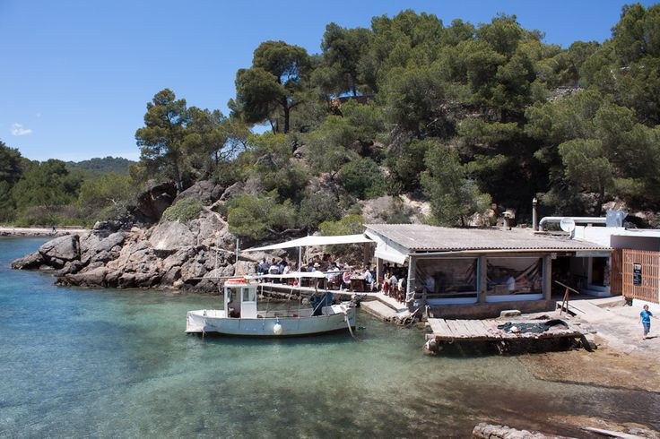 El Bigotes Restaurant Santa Eulalia | Ibiza Maps
