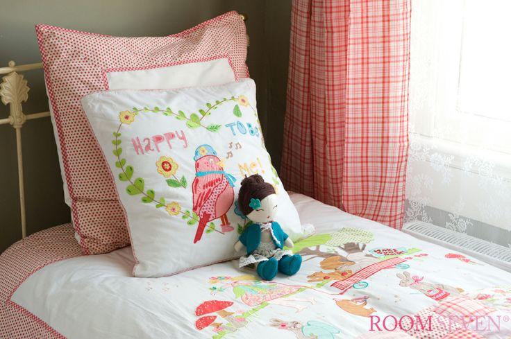 Bedding girls - Room seven