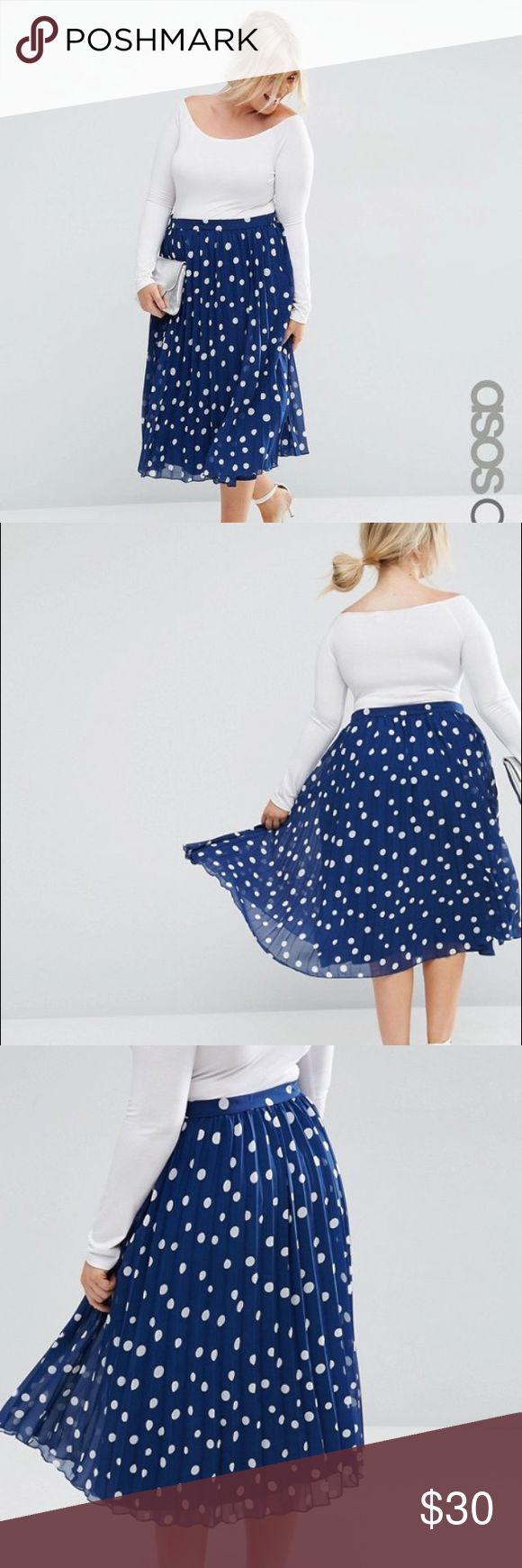 ASOS curve plus size navy pleated polka dot skirt New without tags. Zips on side ASOS Curve Skirts Midi
