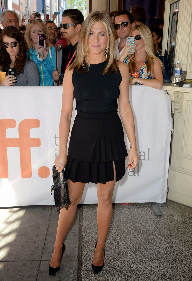 Jennifer Aniston in high heel shoes. | Shoes Your Style ...