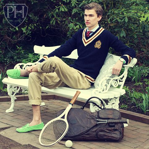 barefoot style, boy, cardigan, elegance, footwear, guy, high school, ivy league, jumper, loafers, look men, necktie, no socks, pants, preppy, pullover, school uniform, sexy, shirt, shoe, smart casual, sockless, sport, student, sweater, tie, without socks, без носков, босиком, галстук, мокасины, на босу ногу, на голую ногу, туфли