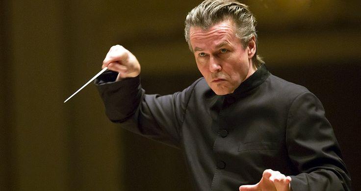 Esa-Pekka Salonen, conducting the Chicago Symphony Orchestra, April 2014. | © Todd Rosenberg Photography 2014