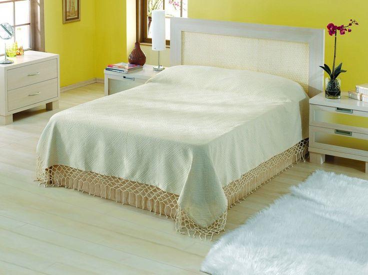 REDUCERE -25% Cuvertură Bumbac 100% Valentini Bianco YT001 Ecru. Pentru fotoliu (80x160 cm) - 58,50 lei. Pentru pat single / canapea (180x230 cm) - 165 lei. Pentru pat dublu (240x240 cm) - 201,38 lei.