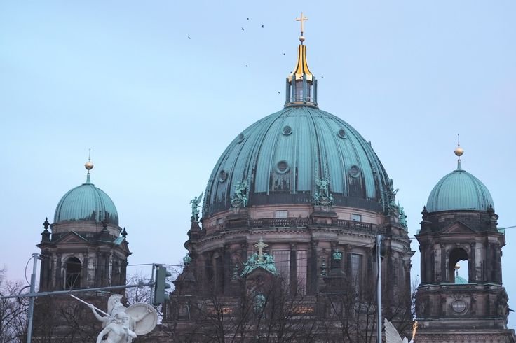 POST BY Elle Bloggs | DAY TWO OF OUR TRIP TO BERLIN | http://bit.ly/1PSpKaZ  | #travelbloggers #berlin