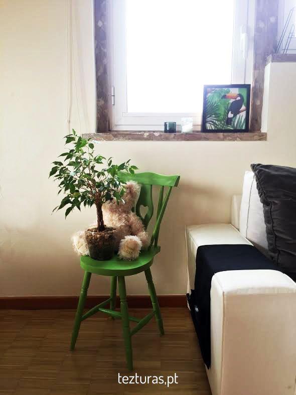 Cadeira e quadro, tezturas.pt