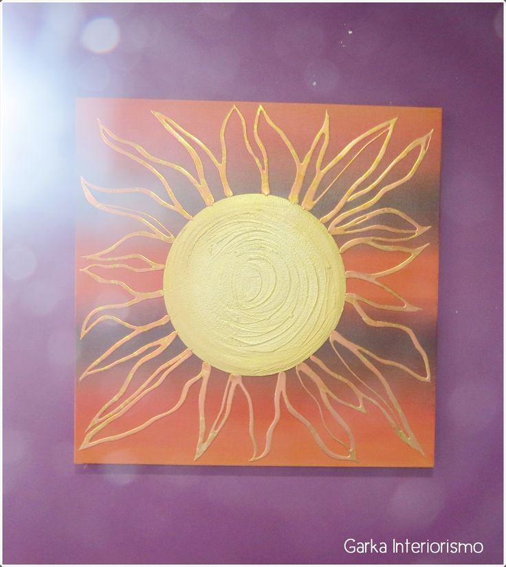 Mucha luz y mucha vida!! ☀  Con este cuadro que brilla con luz propia! Unos colores vibrantes, un dibujo con personalidad y todo ello en un marco de lo más elegante! :-) #home #design #decoration