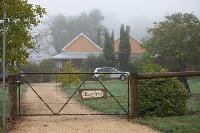 Bloomfield Walnut Grove at Stanley, a Beechworth Self Contained Accomodation   Stayz