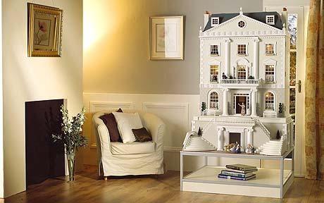 Grosvenor Hall Dollhouse.... Must Buy....