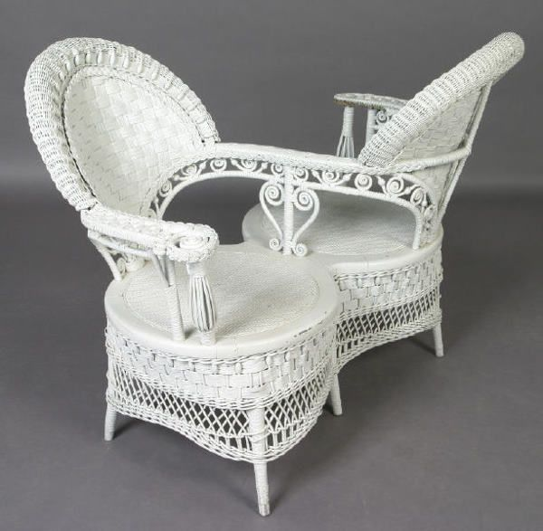Ornate Victorian white wicker courting - S chair