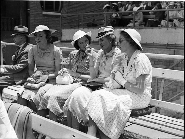 Women spectators at the Second Test, Australia v England. Sydney Cricket Ground, 18-19 December 1936. Sam Hood Collection, Mitchell Library, State Library of New South Wales: http://www.acmssearch.sl.nsw.gov.au/search/itemDetailPaged.cgi?itemID=35969