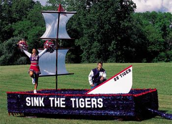 homecoming ideas | Float Slogan Ideas- Banners by Shindigz