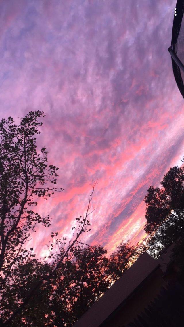 Paisagem | Céu cor de rosa, Capas para tumblr, Planos de fundo