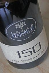 Deze keer geen Centellino, maar een mooie Italiaanse schoonheid...  Doosjewijn.nl is de naam van de gulle gever....  En hier kan je lezen wat ik er van vind....  http://www.wijngekken.nl/2013/12/08/borgo-stajbech-150-2011-docg-lison-classico-italie/
