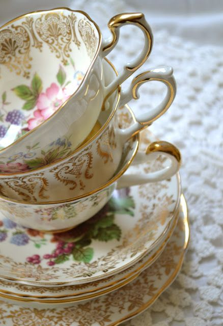 Artful Affirmations: lovely tea cups