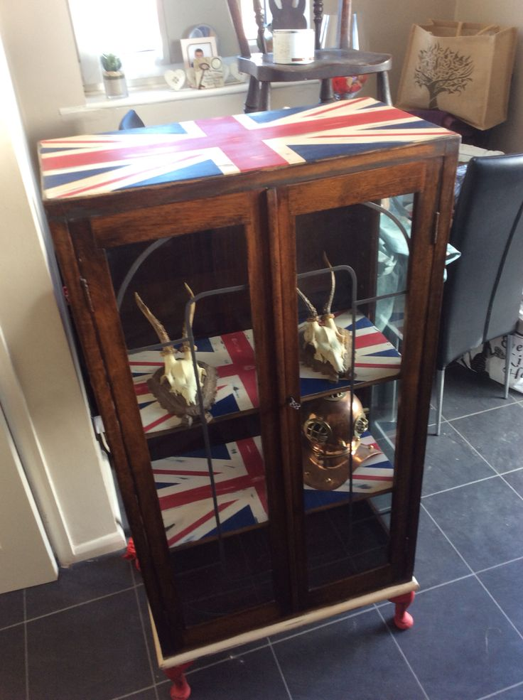 Upcycled furniture, Union Jack Annie Sloan