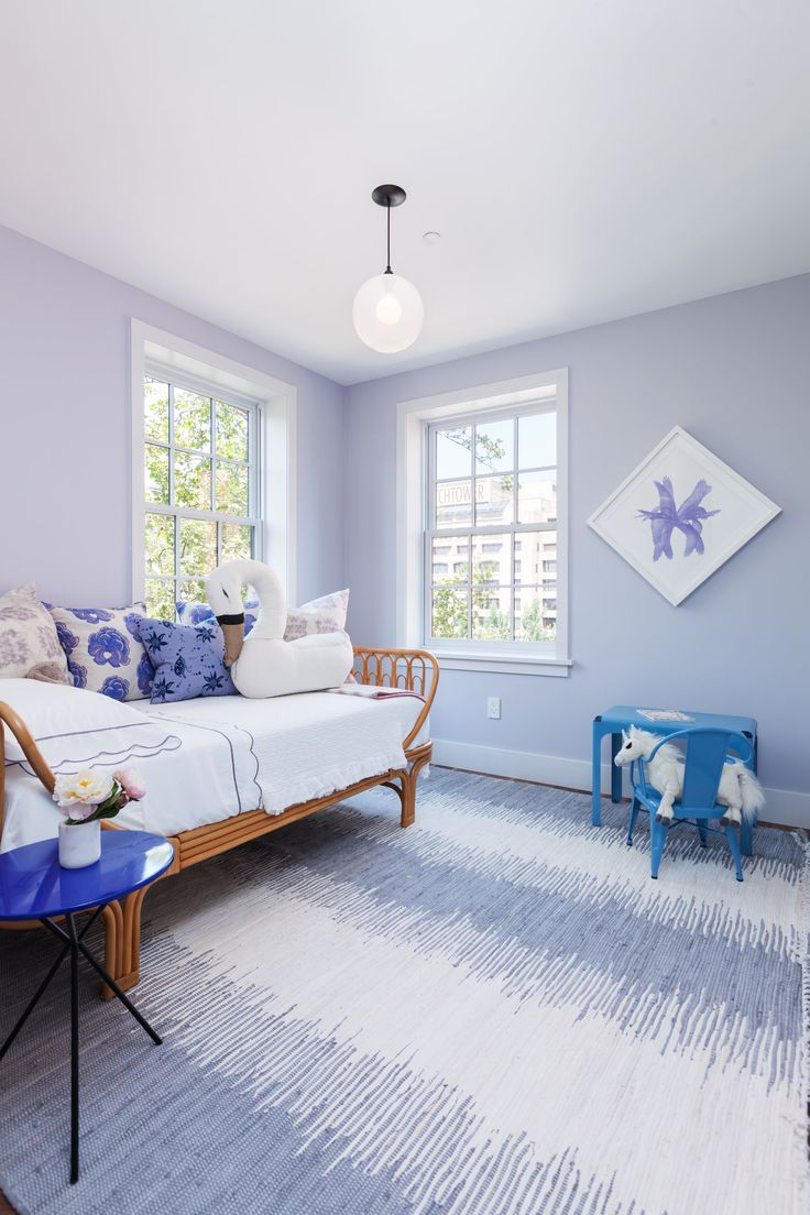 Blue girl s bedroom features a wicker daybed dressed in white and purple  scalloped bedding lined with purple pillow paired with a cobalt blue round  tripod. The 25  best Lavender girls bedrooms ideas on Pinterest   Girls
