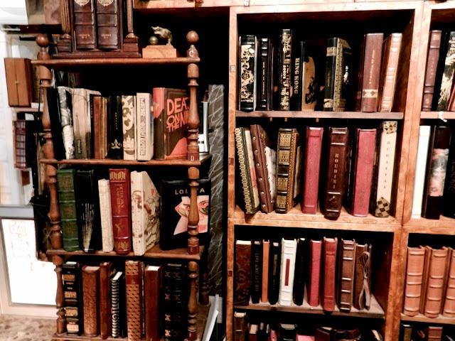 Rare bookstore, Venice