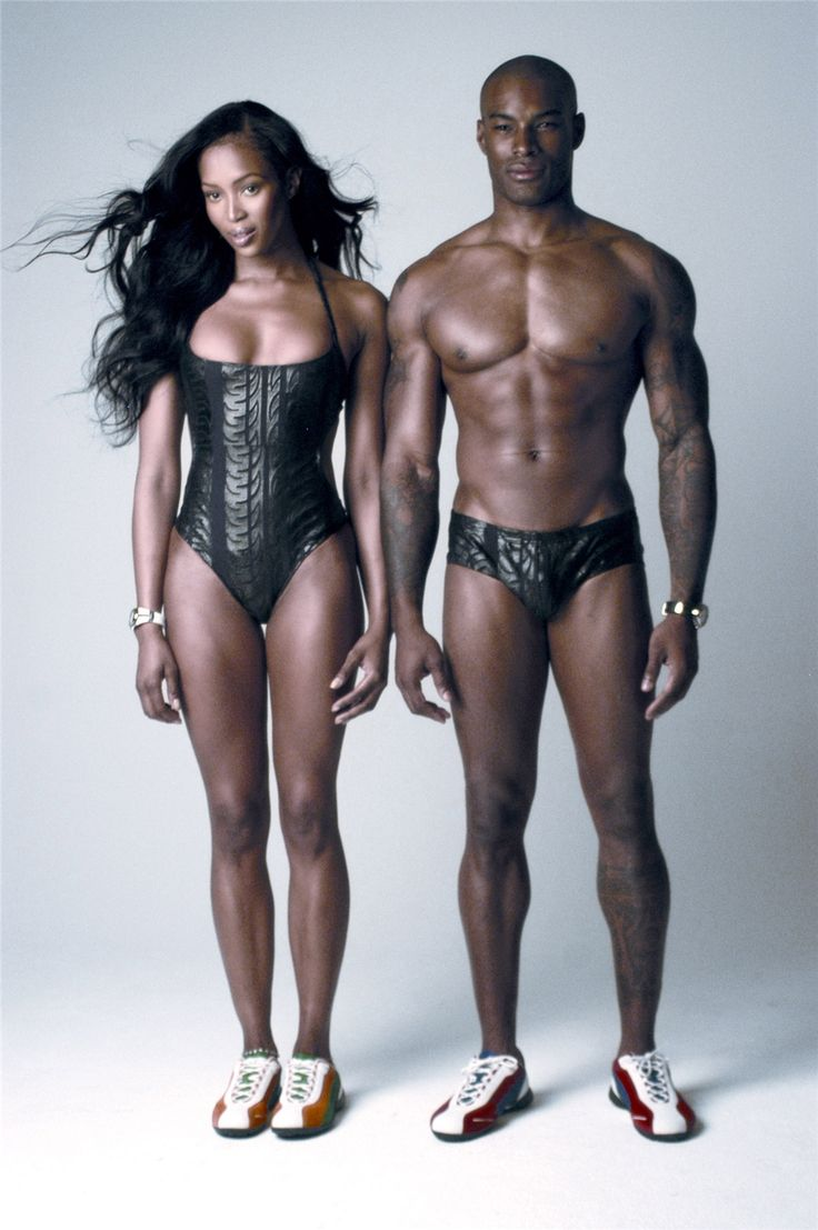 Naomi Campbell and Tyson Beckford.  No idea what this pic is an ad for, but holy freaking Batman, can we say phenomenally beautiful people!