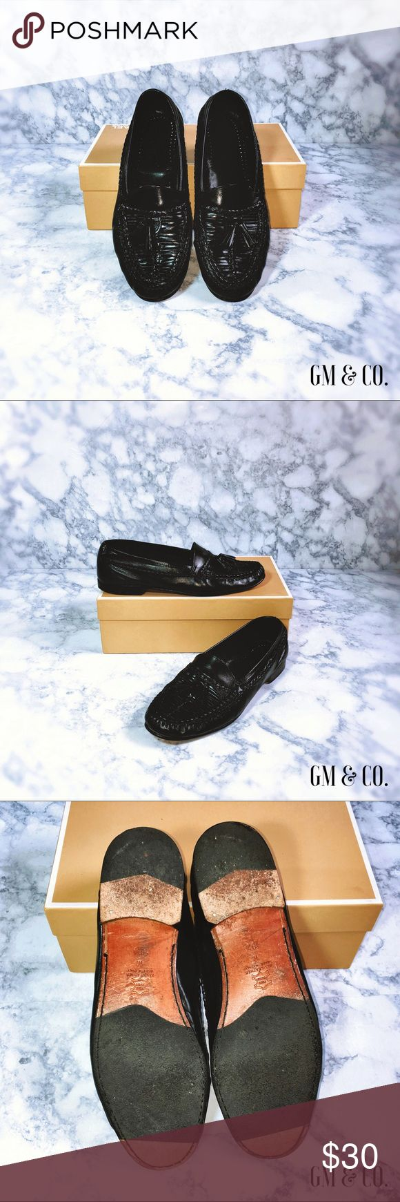 🏖SALE🏖Vito Rufolo Men's Dress Shoes🏖 Polished black, 💯 leather, made in Italy. Gently worn by my Dad, as seen in photos.  Thank you for stopping by my closet! Please let me know if you have any questions or if I may assist you with anything! GM Vito Rufolo Shoes Loafers & Slip-Ons