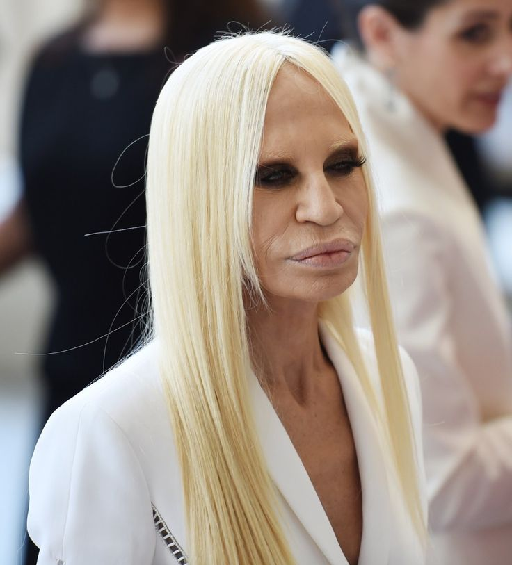 Donatella Versace Nude Photos 38