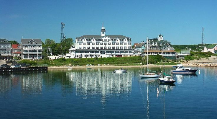 National Hotel New Shoreham Situated on Block Island, just off the coast of Rhode Island, this historic hotel offers stunning views, delicious on-site dining options and is moments from beautiful beaches and area attractions.