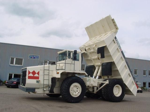 Good price dumper TEREX 3310 Second Hand. Manufacture year: 1991. Weight: 46000 kg. Excellent running condition. Ask us for price. Reference Number: AC980. Baurent Romania.