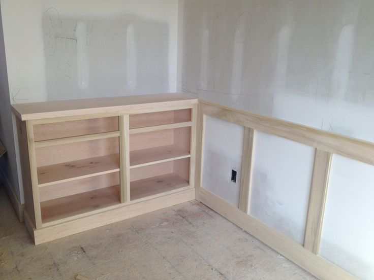 1000 images about basement on pinterest built in desk for Wainscoting designs dining room