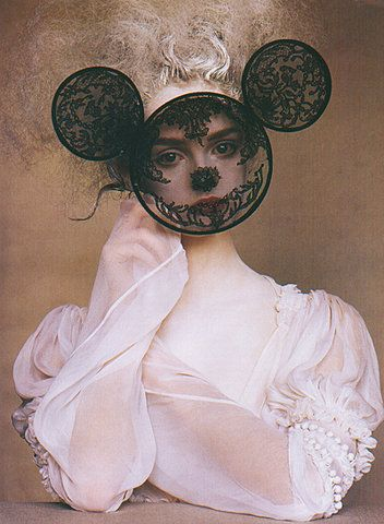 I have no interest in a lace Mickey Mouse mask, but lace and embroidery hoops IS a good idea.