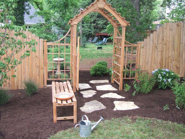 Simple trellis ideas how to build a trellis arbor and for Gate arbor plans