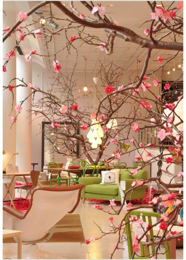 The Conran Shop, London – Spring Windows & Market Picks – Bright.Bazaar