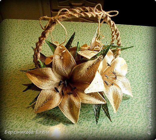 Поделка изделие Макраме Моделирование конструирование Лилии в корзинке из джута  Шпагат фото 5