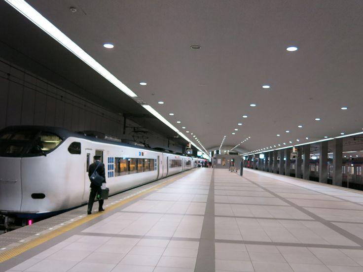 Limited Express Haruka connects Kansai airport and Kyoto via Tennoji and Shin-Osaka.