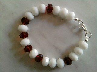 Bracciale con cristalli bianchi e rosso scuro