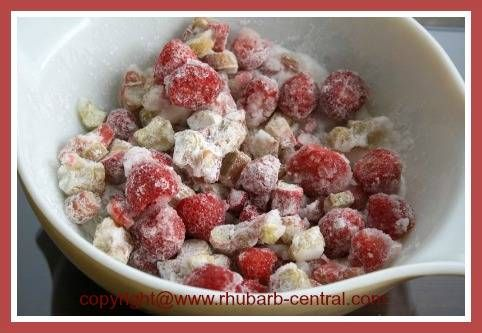 Making Rhubarb Strawberry Pie with Frozen Fruit