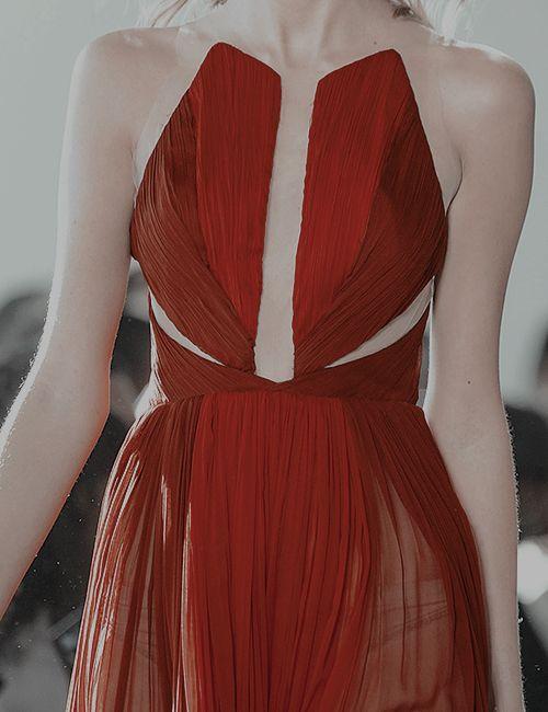 Pamella Roland Fall 2017 | u2013u2013 fashion | Pinterest | Cheryl Oc and Red aesthetic