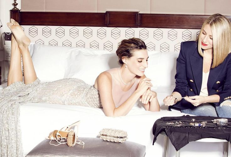 ¿Cuáles son los secretos de las celebrities para estar perfectas? Eugenia Ortiz y Cristina Reyes tienen claros los consejos que te ayudarán a brillar en una noche especial y las claves para dar con el look de fiesta perfecto. ¡Descúbrelos en nuestra web! #guerlain #abeilleroyale