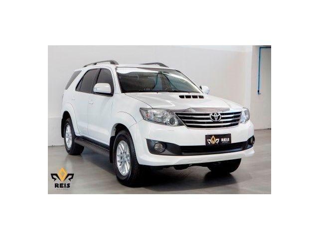 Toyota Hilux SW4 SRV 3.0 4X4 (7 Lugares) - BELA VISTA - Goiânia - GO. Anúncio 15317171 - iCarros