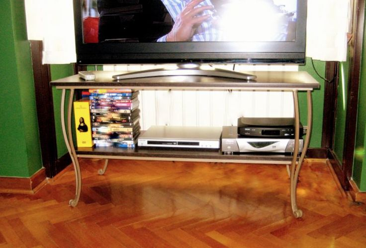 Ferforje televizyon sehpası