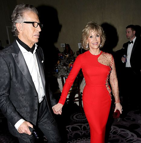 Jane Fonda's Boyfriend Richard Perry Passes Out at 2015 Golden Globes - Us Weekly