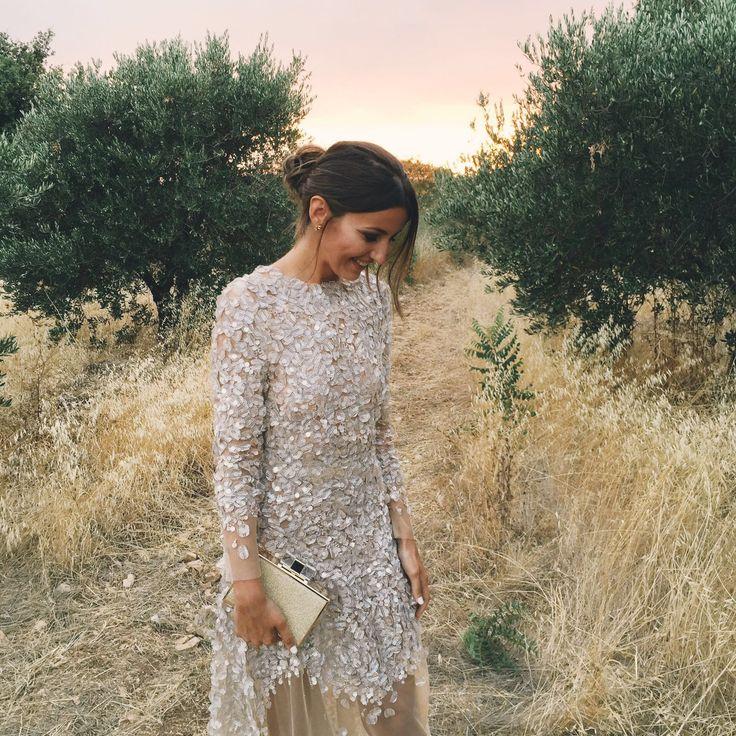 Alexandra de #Lovelypepa con vestido de fiesta  alta costura by #Santoscostura. Anillo: @cartier zapatos : @gianvitoros0016 . @santoscostura @lovelypepablog www.santoscostura.com