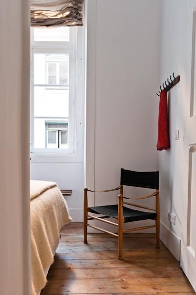 Bedroom detail from Estrela apartment, Baixa House    www.baixahouse.com