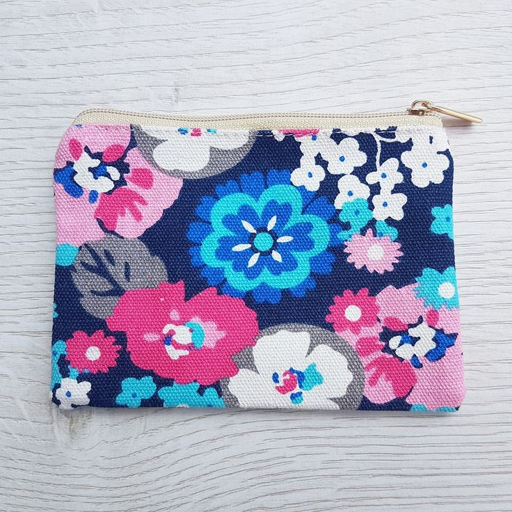 These cute canvas purses are the perfect size for your coins, cards, lipsticks or those girly essentials!  A great gift idea for a girl of any age - why not fill it with her favorite lipgloss, piece of jewellery, sweets or a giftcard!  Neutral zip fastening to secure your essentials and fully lined, giving your contents extra protection.  All coin purses come lovingly wrapped in pink tissue sealed with an Annie's Closet label.  Size: 13cm x 9.5cm.