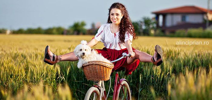 Skirtbike Constanta, Romania, beauty, chic, traditional blouse, skirt, bike, dog, Ela, curly, chic outfit, stay fit!