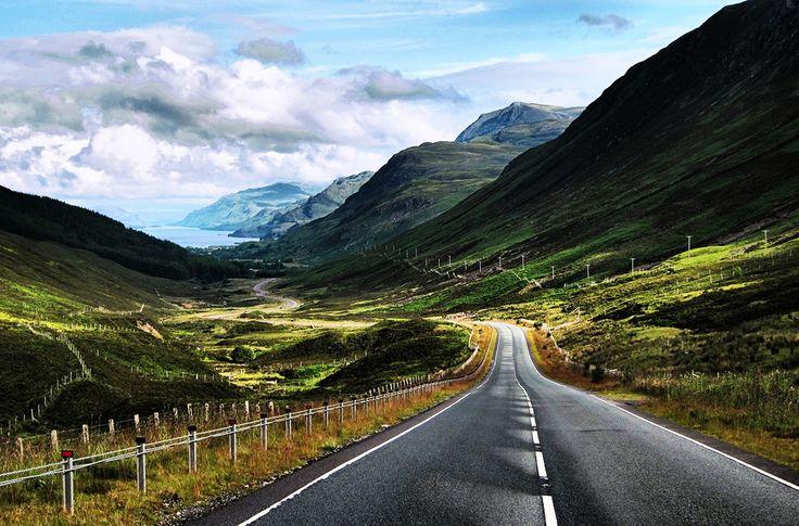 10 великолепных маршрутов для путешествия на машине