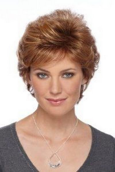 Short feathered hairstyles for