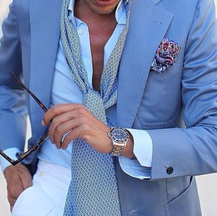 Summer in blue. #Elegance #Fashion #Menfashion #Menstyle #Luxury #Dapper #Class #Sartorial #Style #Lookcool #Trendy #Bespoke #Dandy #Classy #Awesome #Amazing #Tailoring #Stylishmen #Gentlemanstyle #Gent #Outfit #TimelessElegance #Charming #Apparel #Clothing #Elegant #Instafashion