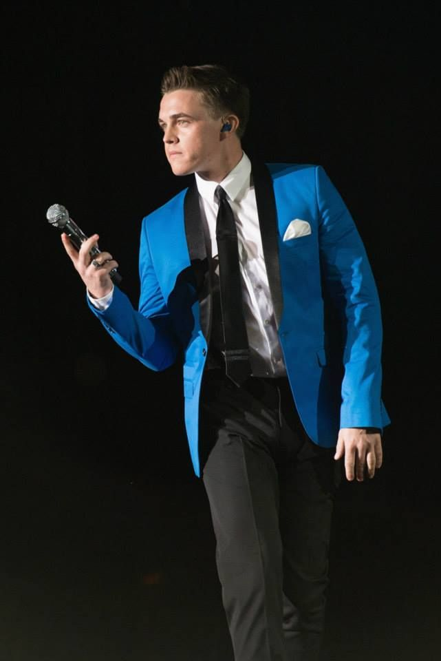Jesse McCartney performing in Chicago, IL at the FirstMerit Bank Pavilion on August 2nd. 2013 ‪#‎InAWorldLikeThisTour‬ — at FirstMerit Bank Pavilion.