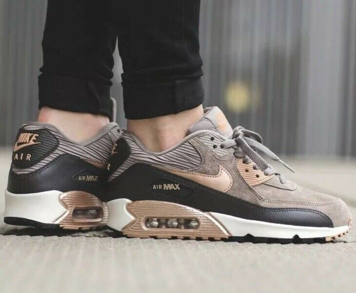 Nike Air Max 90 Bronze Rose Gold Metallic womans 7.5 Nike